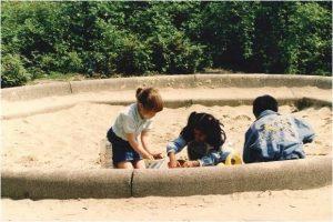 Sophie in zandbak